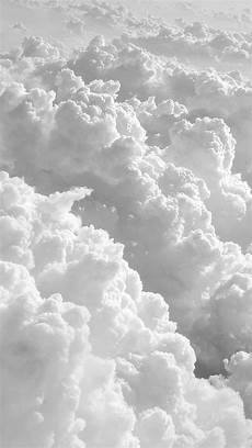 clouds iphone wallpaper thick clouds iphonewallpaper sfondi vintage carta da