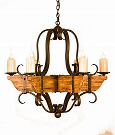 Hinkley S Custom Lighting Brighten Your Home With These One Of A Kind Handcrafted