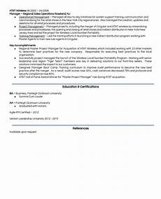 Samples Of Career Portfolios A Model Resume Amp Career Portfolio To Land A Dream Job