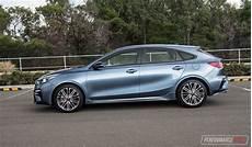 kia cerato hatch 2019 2019 kia cerato gt hatch review performancedrive