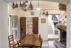 ristrutturate interni casali e rustici di stile arredamento arredamento
