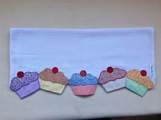 patchwork pano de prato em patch pano de prato quot cupcakes quot