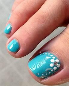 Cute Beach Toenail Designs So Cute Beach Toe Nail Design Toe Nails Toe Nail