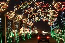 Va Beach Oceanfront Holiday Lights Best Places In Hampton Roads To Look At Holiday Lights