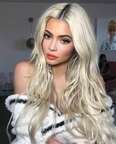 kylie jenner bio photoshoot cosmetics and fashion