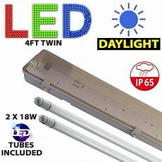 Twin Tube Fluorescent Lights 4ft Twin Led Weatherproof Fluorescent Light Fitting