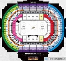 Anaheim Ducks Arena Seating Chart Vancouver Canucks At Anaheim Ducks Canadians In Orange