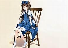gadis dengan kaus kaki panjang wallpaper ilustrasi gadis anime sayap duduk kaus