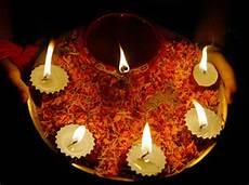 Making Diwali Lights 10 Ways To Celebrate A Green Diwali This Year Rediff