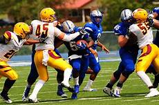 Glenville State Football Pioneers Win Thriller Over Golden Eagles Glenville State