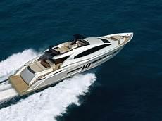 luxury yachts azee