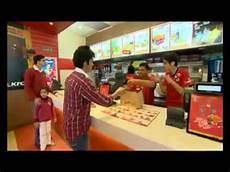 Jobs With The Deaf Deaf People Work At Kfc India Youtube