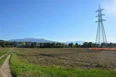 tralicci alta tensione vicino abitazioni smantellamento dei tralicci in nove comuni della provincia