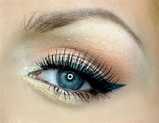 augen make up dezent blau colorful eye makeup ideas for pretty designs