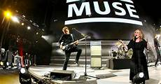 Muse Charts Adele And Muse Duet Live At Glastonbury 2016 Matt Bellamy