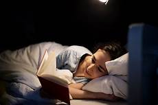 a new study says who read before bed sleep better