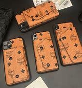Mcm アイフォン6s plus に対する画像結果