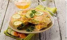 ricette con i fiori di zucca al forno frittata ai fiori di zucca al forno light e veloce leitv