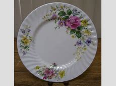 Royal Doulton Arcadia Dinner Plate H4802 England Rose