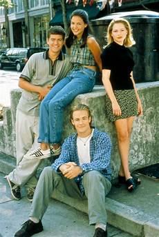 fashion friday 80s 90s nostalgia twe1ve2