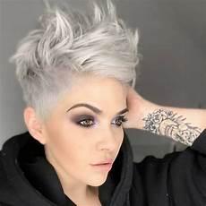 kurzhaarfrisuren 2018 aschblond 34 greatest haircuts and hairstyles for thick hair