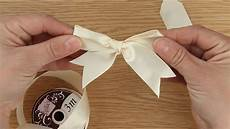 How To Fold Ribbon How To Tie A Ribbon Bow Craft Techniques Youtube