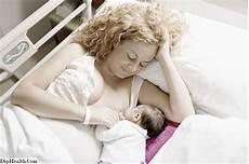wie babys gestillt werden wie und wann soll in der seitenlage gestillt werden