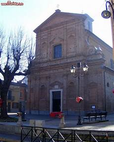 piemonte brandizzo la chiesa parrocchiale di brandizzo in piemonte foto