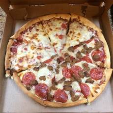 Armands Pizza Olney Armand S Pizzeria Amp Grille Order Food Online 44 Photos