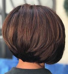 frisuren für dickes haar bob 60 klassische kurze frisuren und frisuren f 252 r dickes haar