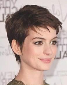 kurzhaarfrisuren ab 50 dickes haar frisuren kurz dickes haar modern hairstyles