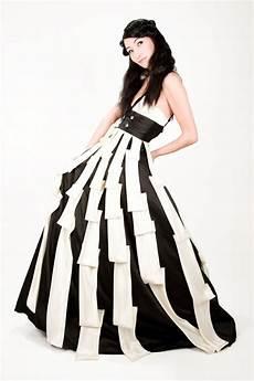 models fashion dresses photos