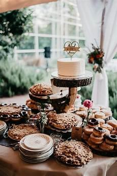 9 wedding dessert table ideas to sweeten your reception