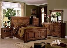 Oak Bedroom Furniture Sets Cambridge Tobacco Oak Beveled Panel Bedroom Set With