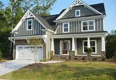 3 bedroom craftsman home plan with bonus 75401gb