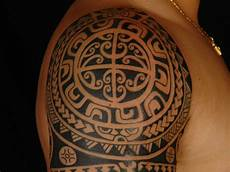 Polynesian Design Circle 27 Striking Polynesian Designs Slodive