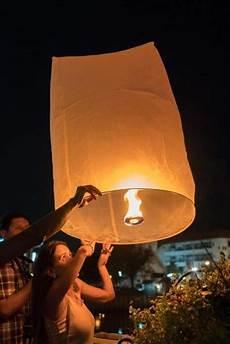 Lanterns And Lights At Chiang Mai Road Loy Krathong And Yi Peng 2019 A Guide To Lantern