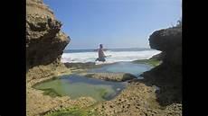 pesisir tulungagung kolam renang pribadi dan alami di