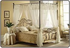 letto a baldacchino mondo convenienza letti in ferro battuto a baldacchino letti e materassi