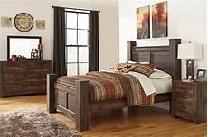Signature Design By Starberry 4 Piece Queen Bedroom Set Bedrooms