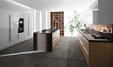 in cucina con code posh kitchen blends trendy aesthetics with practicality
