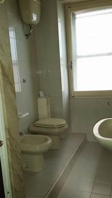 da letto doppia doppia con balcone stanze in affitto cagliari