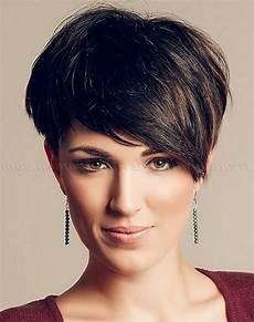 frisuren asymmetrisch kurz bild der asymmetrische kurze haarschnitte ideen frisuren