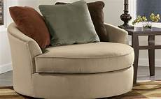 oversized accent chairs oversized accent chair gives luxurious touch homesfeed
