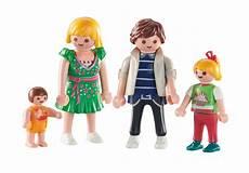 Ausmalbilder Playmobil Familie Hauser Playmobil Set 6530 The Hauser Family Klickypedia