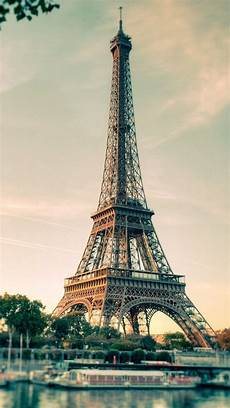 eiffel tower wallpaper for iphone wallpapers for iphone 5 find a wallpaper background or
