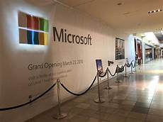 Microsoft Corporation Careers Microsoft Store Moving One Door Away From Apple Store In
