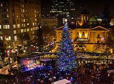 Light Bulbs Portland Oregon Portland Christmas Holiday Tree Lighting Sing A Long