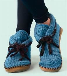 keep your warm with these stylish free crochet