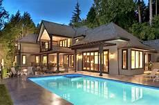 planet luxury houses